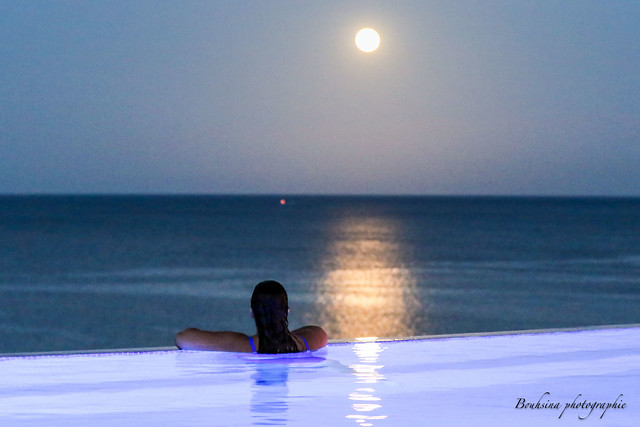 The moon in the pool.