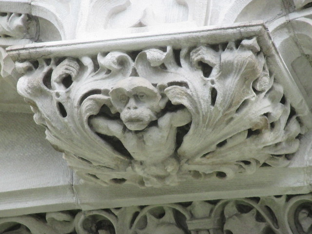 Creeping Chimp Monkey Gargoyle, Canon POWERSHOT ELPH 115 IS