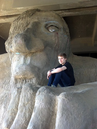 Mary sitting on the freemont troll by b0n2a1