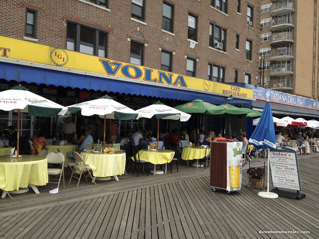 Brighton Beach_Volna restaurant on boardwalk