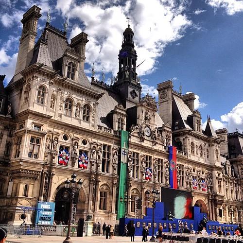 Hotel de Ville, decked out. Paris #lovingthemoment