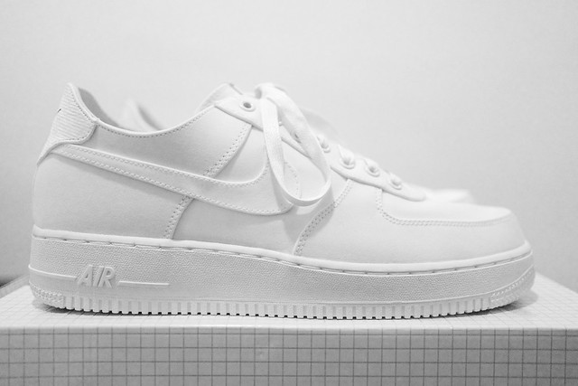 NIKE AIR FORCE 1 SPECIAL EDITION FOR DOVER STREET MARKET