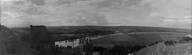 Panorámica de Toledo en 1921 desde el cerro del Castillo de San Servando. Fotografía de José Regueira. Filmoteca de Castilla y León. RESEP-187