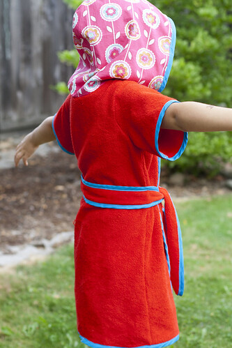 beach robe (pattern by Made)