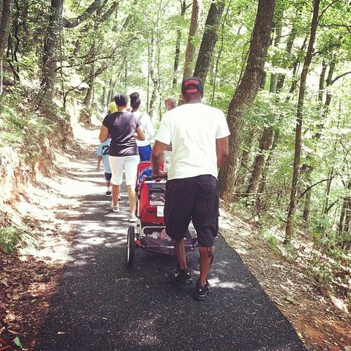 Hiking with mi familia #hickscabintrip12