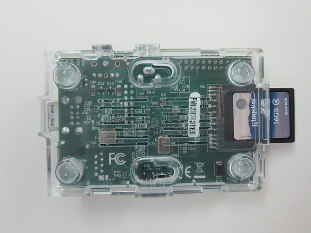 Raspberry Pi - Clear Case - Half Open Back
