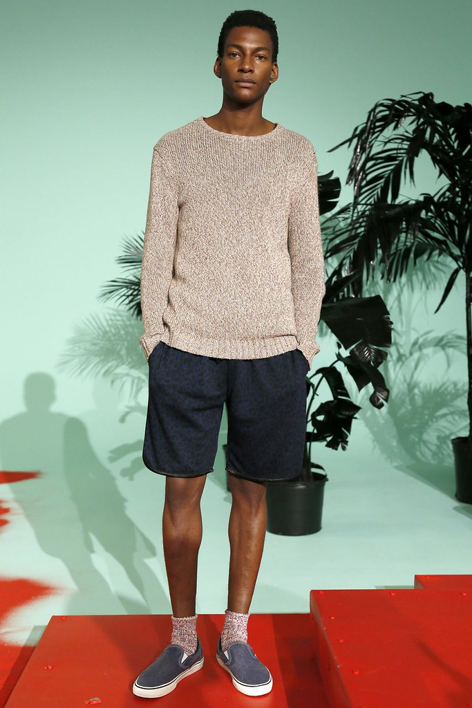SS13 NY Shades of Grey012_Ty Ogunkoya(VOGUE)