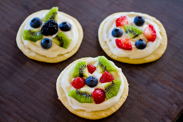 Fruit Pizza-001.jpg