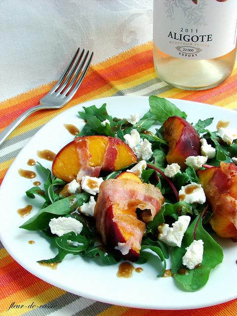 салат персик-бекон 1