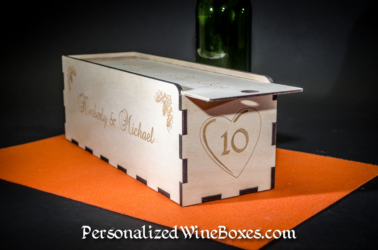wood wine box, wine gift, anniversary gift, wedding anniversary