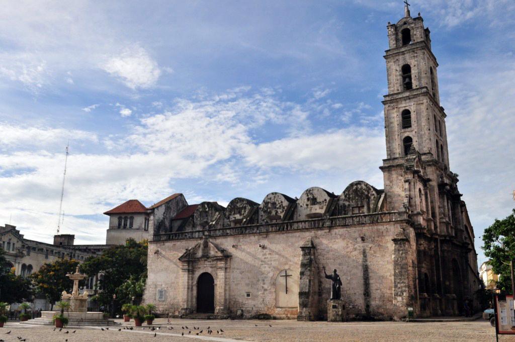 Iglesia y Convento de San Francisco de Asis en la Plaza del mismo nombre, legado Colonial español. la habana - 7817217018 723d0c326e o - La Habana vieja y un paseo por sus plazas