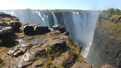 Video: Victoria Falls and Rainbow - Zimbabwe