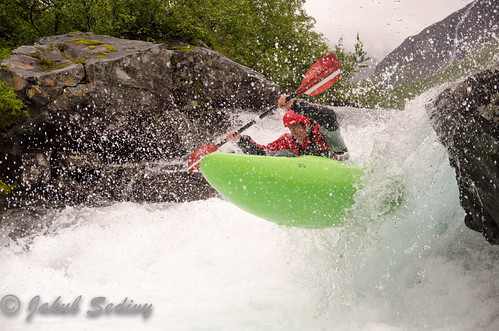 Valldal Pool Drop paddling