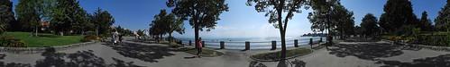 Panorama der Uferpromenade in Friedrichshafen