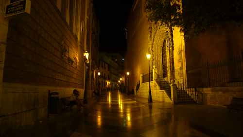 CALLE TIPICA DE MALAGA, EN LA NOCHE. ---MALAGA STREET TYPICAL NIGHT