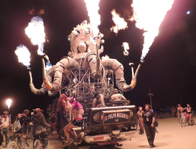 Burning Man 2012 -The Octopus Beast (el pulpo mecanico)
