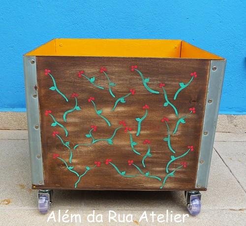 Reciclagem de caixote de madeira