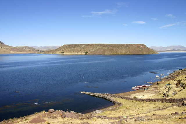 Umayo lake - Sillustani, Perù