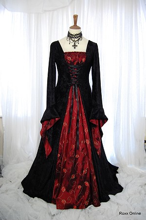 Black velvet red taffeta medieval gothic dress 3731