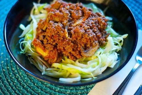 Köttfärssås med stekt vitkål