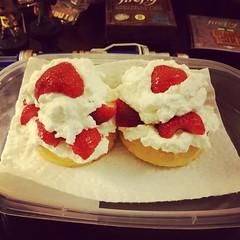 my mama loves me #omnomnom #mmmstrawberries