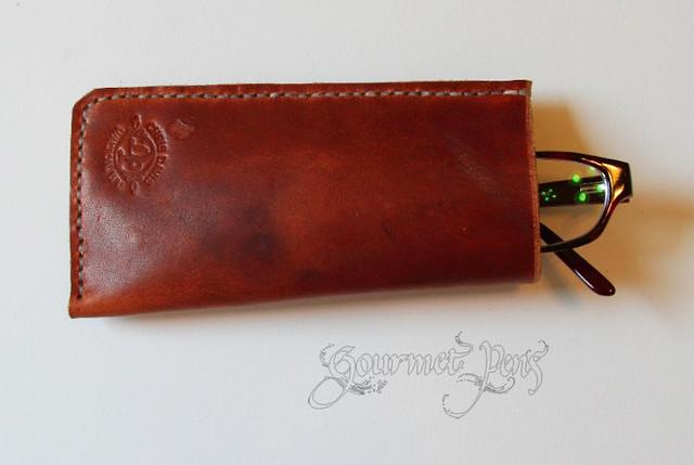 Cash And Go >> Gourmet Pens: Review: Davis Leatherworks Business Card ...