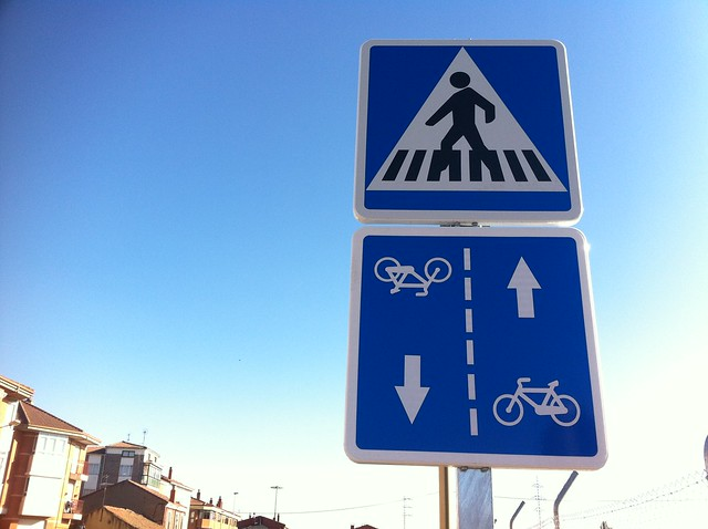 carril-bici bocabajo