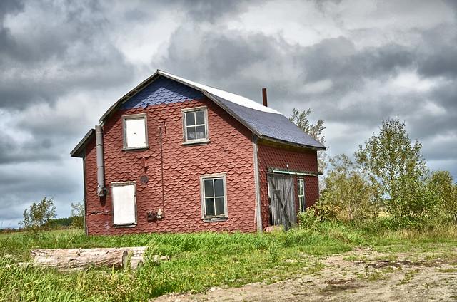 Vieille maison villebois 1 flickr photo sharing for Exterieur vieille maison