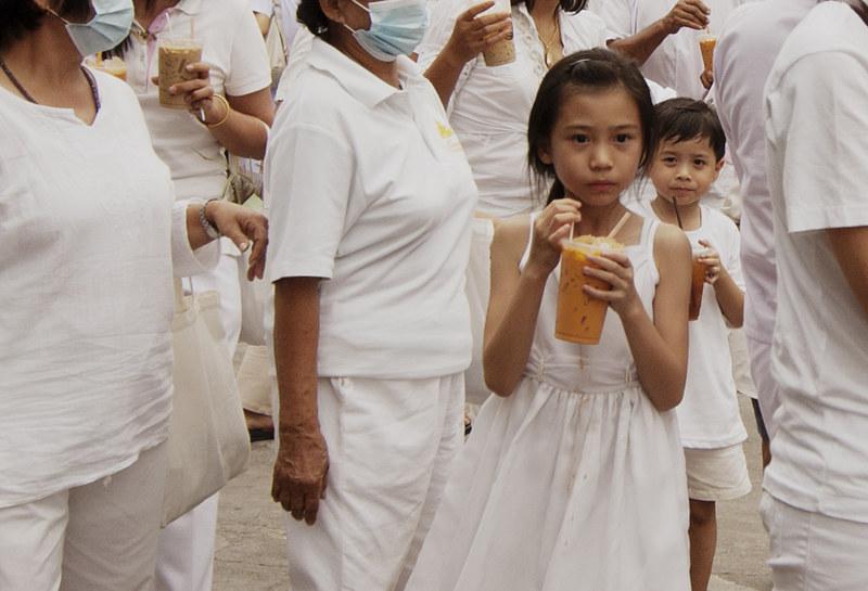thai girl white dress