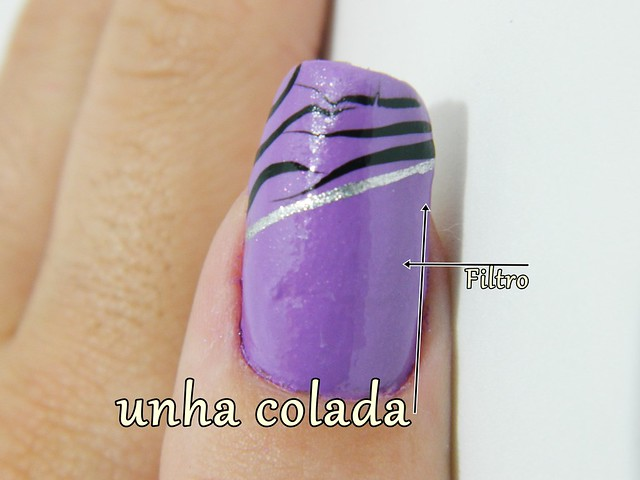 juliana leite nail art unhas que quebraram reconstituidas lilás colorama com tigre preto e risco prata3