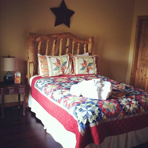 Our cozy little room #hickscabintrip12