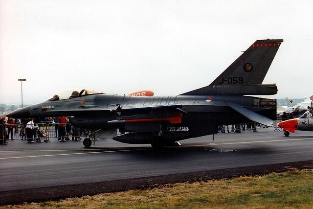 F-16A J-059 RAF Woodford 25.06.94