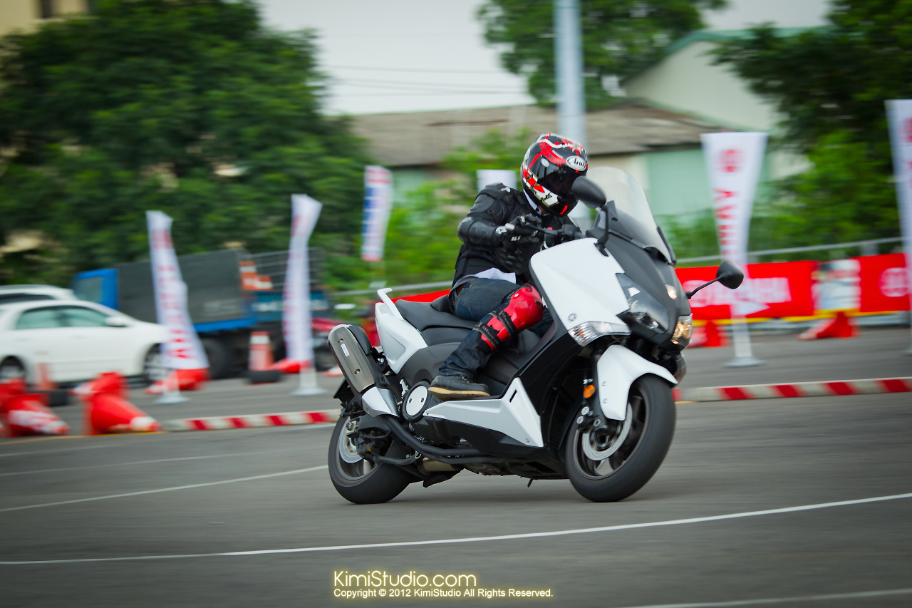2012.09.01 T-MAX 530-046