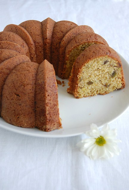 Polenta pistachio cake / Bolo de milho e pistache