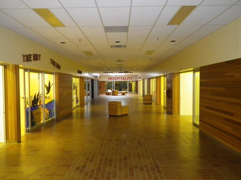 Заброшенный Торговый центр