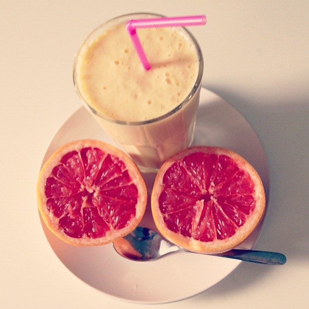 #mango #nectarine #breakfast #smoothie #grapefruit #food #instafood #contestgram #instagood #instadaily