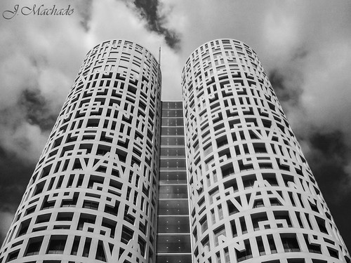 258/361+1 Las torres de Hércules by Juan_Machado
