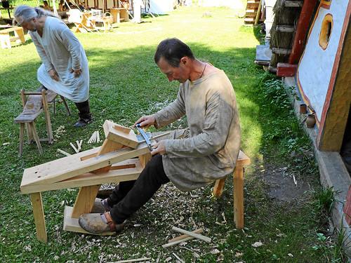 Schnitzen von Holznägel