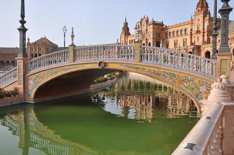 Plaza-España-estanque