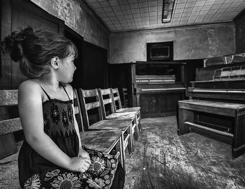 old school blackandwhite dusty abandoned girl chairs piano dirty scared concord stonewalljackson flickrchallengegroup flickrchallengewinner spiritofphotography nikonflickraward