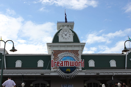 Dreamworld, Gold Coast by holidaypointau