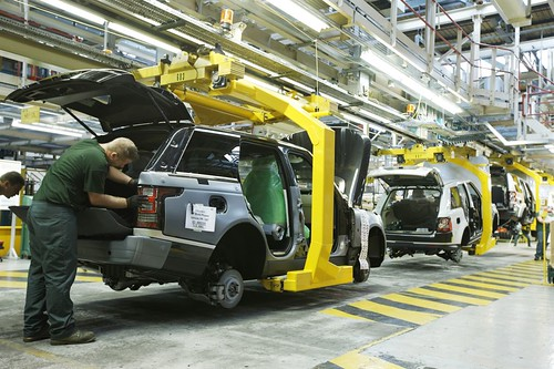 Automotive Stamping The All-New Range Rover | Manufacturing Shots