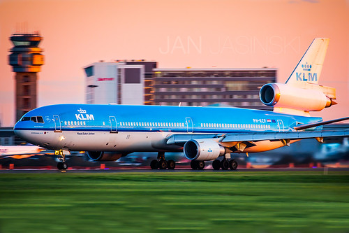 KLM - Royal Dutch Airlines | McDonnell Douglas MD-11 | PH-KCF | CYUL