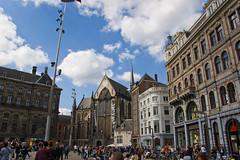 Palais Royal d'Amsterdam, Nieuwe Kerk et batiment autour du Dam Square