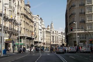 http://hojeconhecemos.blogspot.com.es/2012/09/do-gran-via-madrid-espanha.html