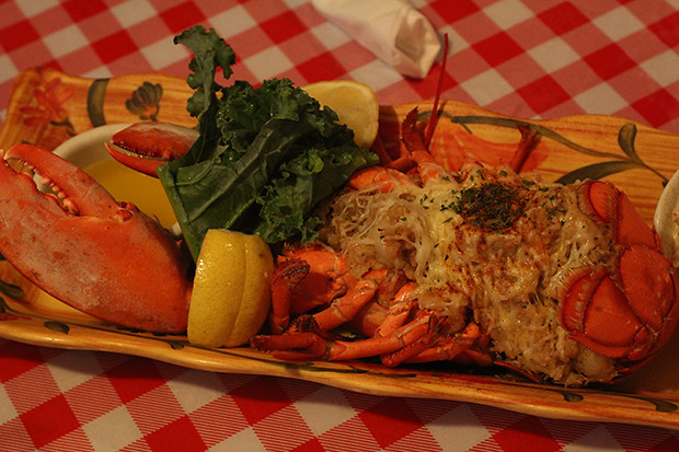 Baked Stuffed Lobster Duchess, Lobster Pot, Siesta Key, Sarasota, FL, Restaurant Review