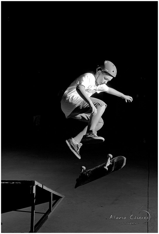 Skate in B&W