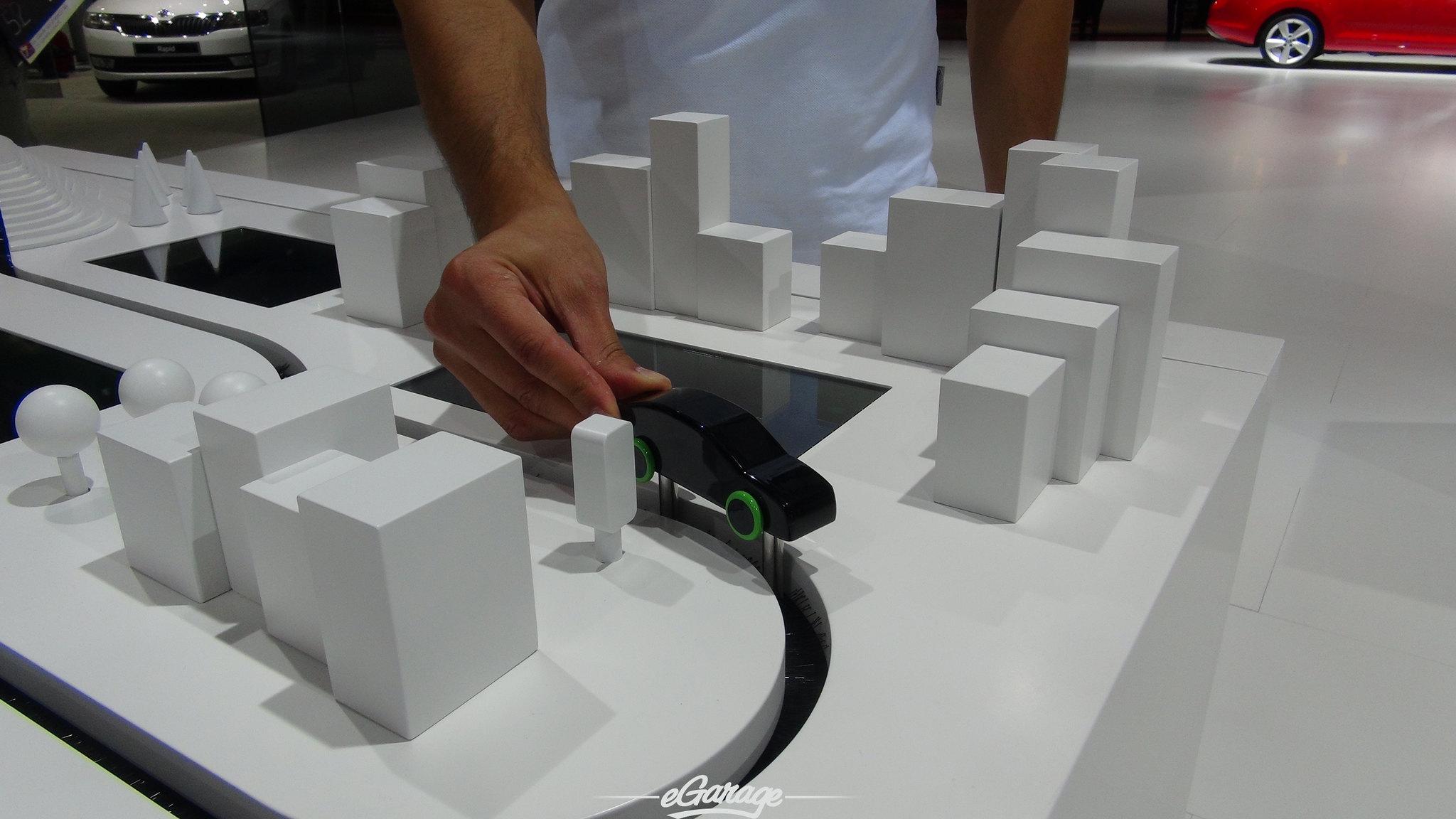 8030421716 3e98c87543 k 2012 Paris Motor Show