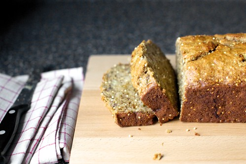 crackly multigrain banana bread