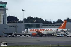 G-EZTV - 4234 - Easyjet - Airbus A320-214 - 120812 - Bristol - Steven Gray - IMG_1363